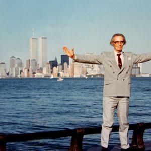 В Ню Йорк 1990 г. с екип журналисти, придружаващи президента Желю Желев по време на негово посещение там.