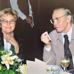 С преводачката Жени Божилова през 2004 г.